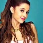 "Ariana Grande è stata vittima di bullismo. ""Pensavo, c'è qualcosa di sbagliato in me? Cominciai a dubitare di me stessa"""