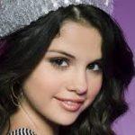 Selena Gomez contro il bullismo:«Se vedete qualcuno che viene preso in giro intervenite per favore»
