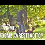 ATTI DI BULLISMO E NESSUNO INTERVIENE. VIDEO: